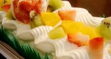 フルーツロールケーキアップ