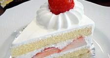 苺のショートケーキ皿盛り