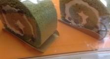 ヘルシーな抹茶のロールケーキ